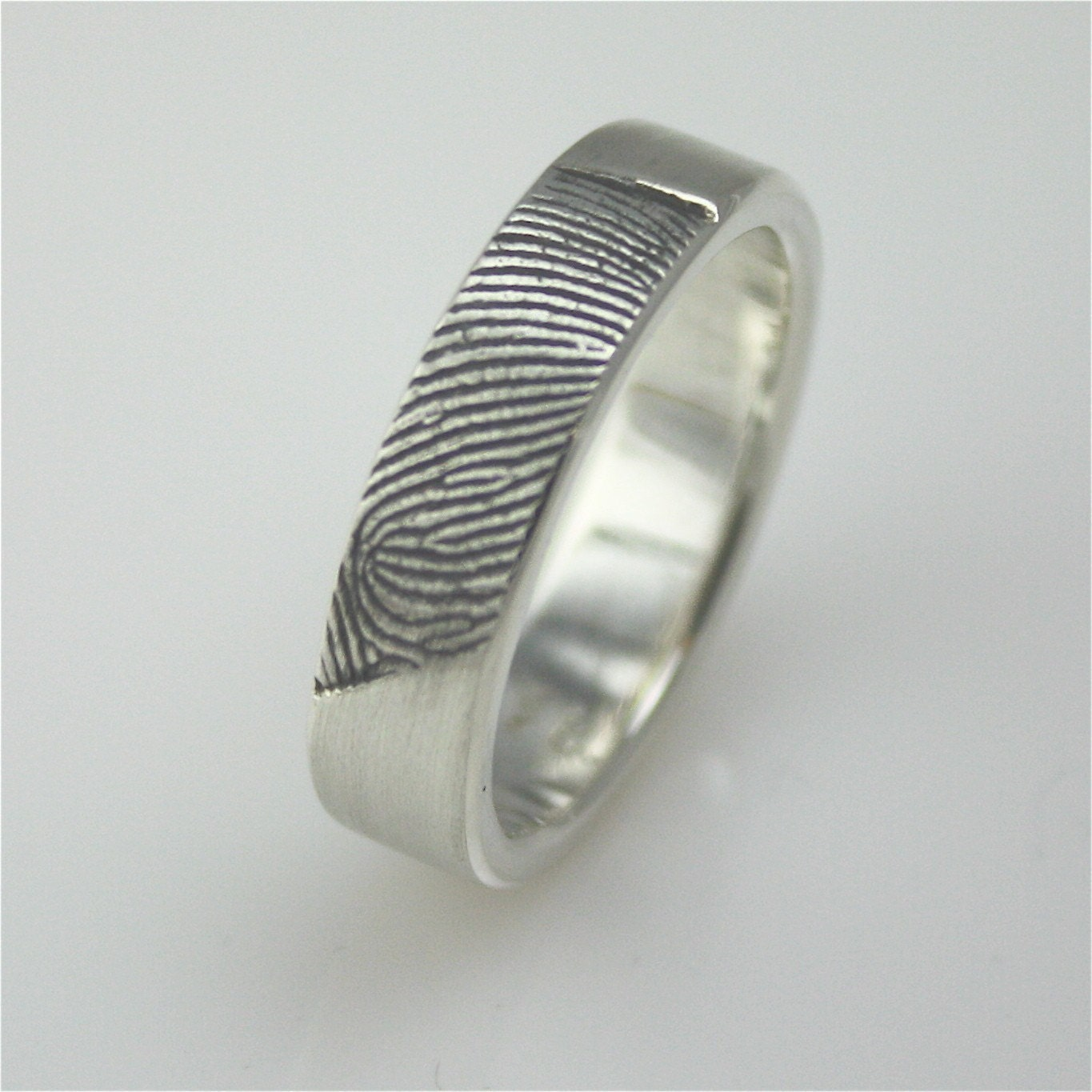 fingerprint ring reviews please fingerprint wedding band So