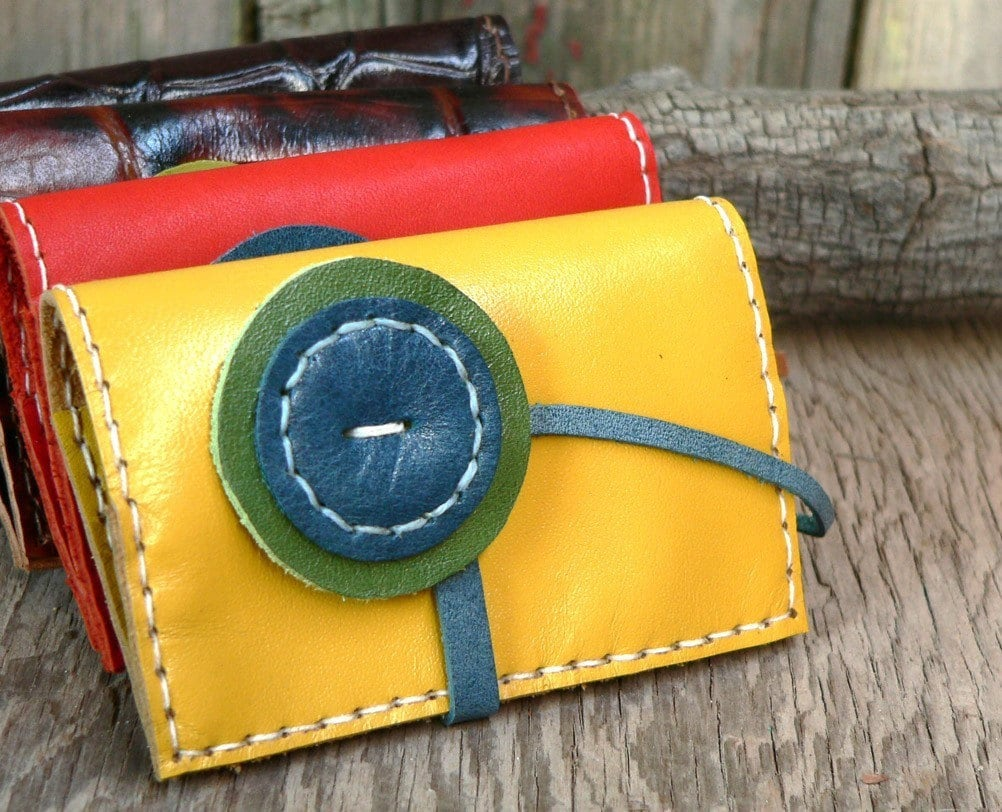 Leather Wallet  Hand stitched Portafaglio Buttone