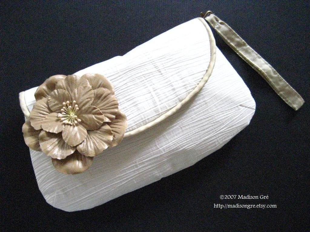 Blanca Bridal Champaign Rose Clutch