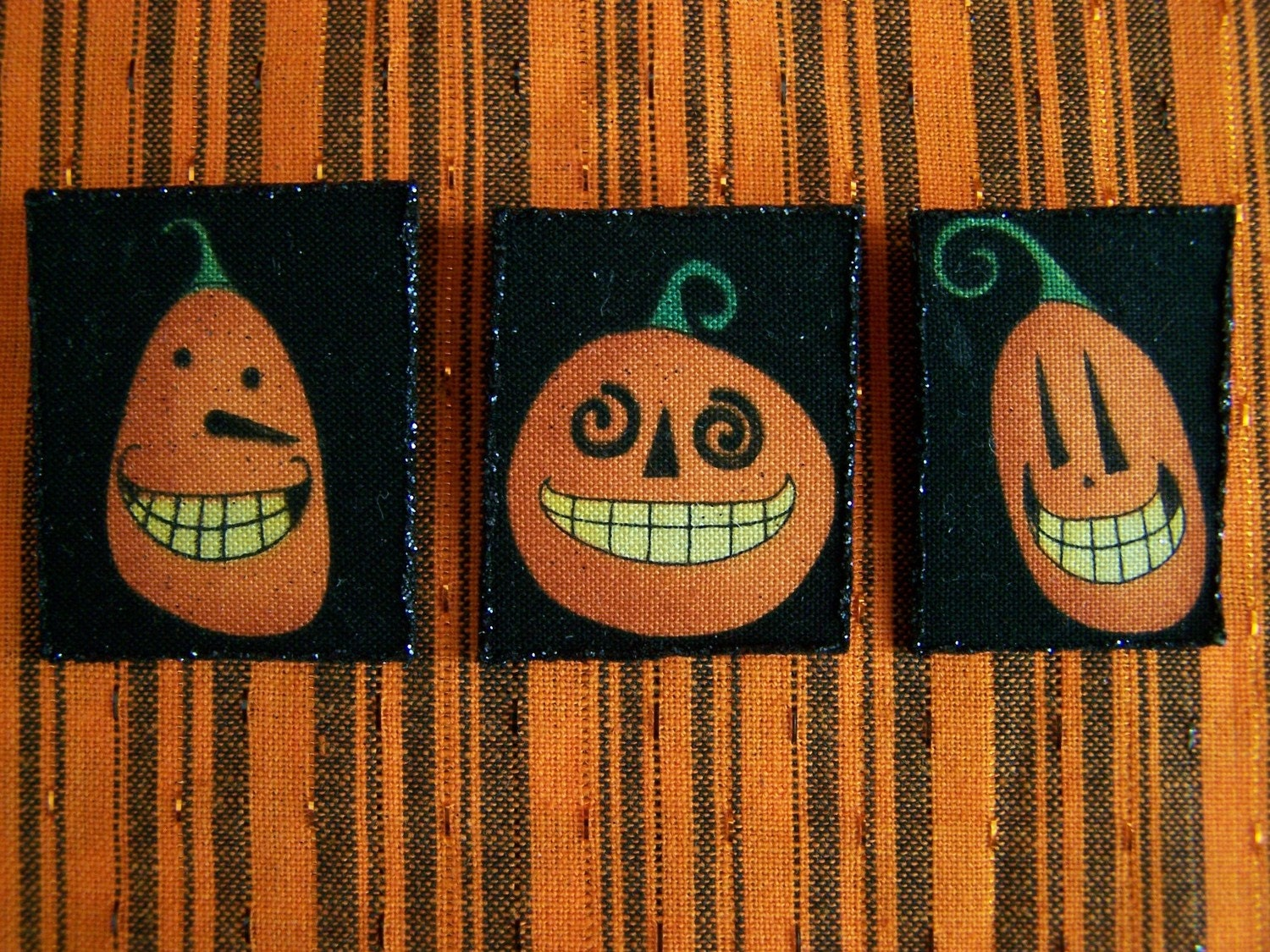 Set of 3 Halloween Primitive Pumpkin Pins