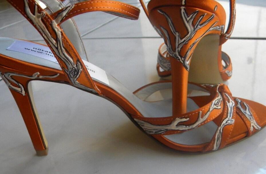 e225e9acb5a61 norakaren: I knew it: Honeysuckle,Wedding trend 2011!