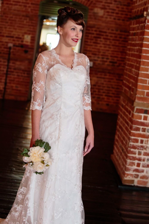 Stunning Vintage lace wedding dress Art Deco Grace Kelly  Kate Middleton vintage lace wedding dress