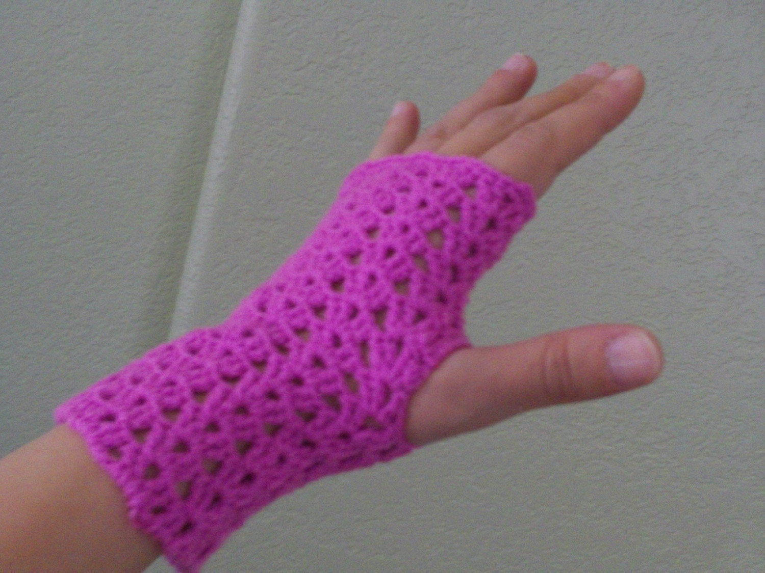 pink crochet fingerless gloves-FREE SHIPPING