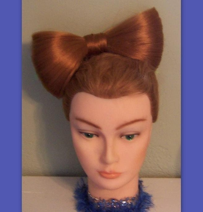 lady gaga hair bow. Lady Gaga hair bow Mega Huge