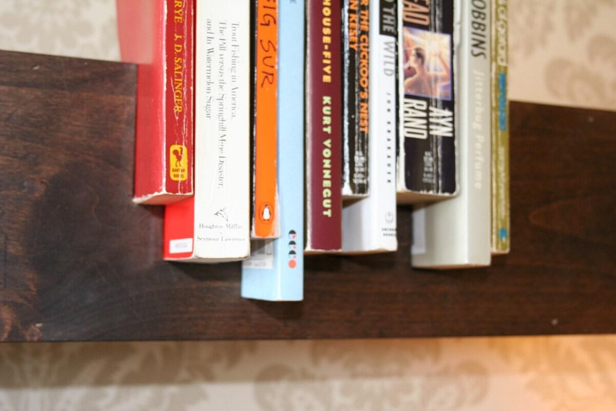 ahşap kitaplık