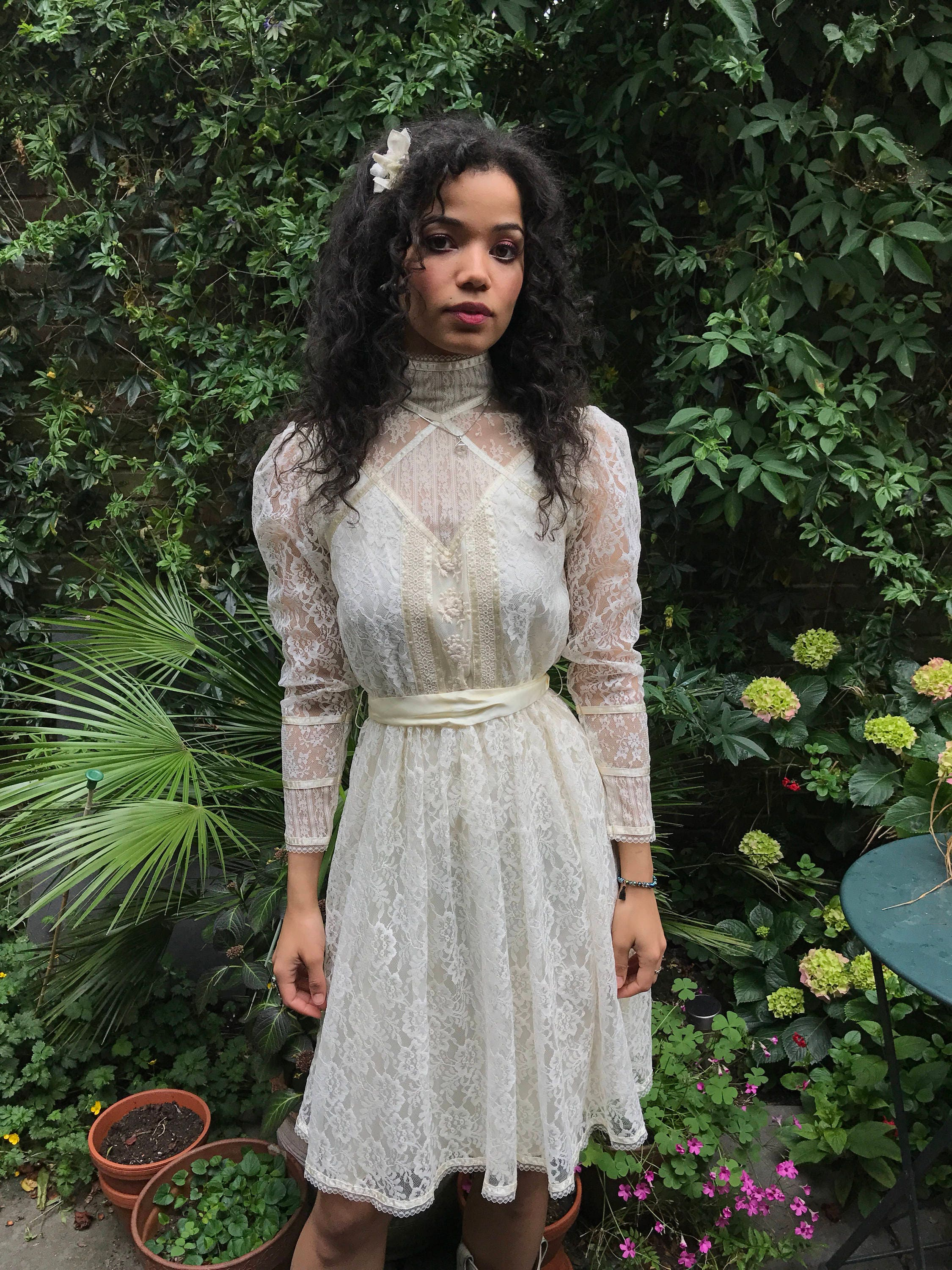 Late 60s early 70s vintage Gunne Sax cream white lace dress Edwardian style prarie western