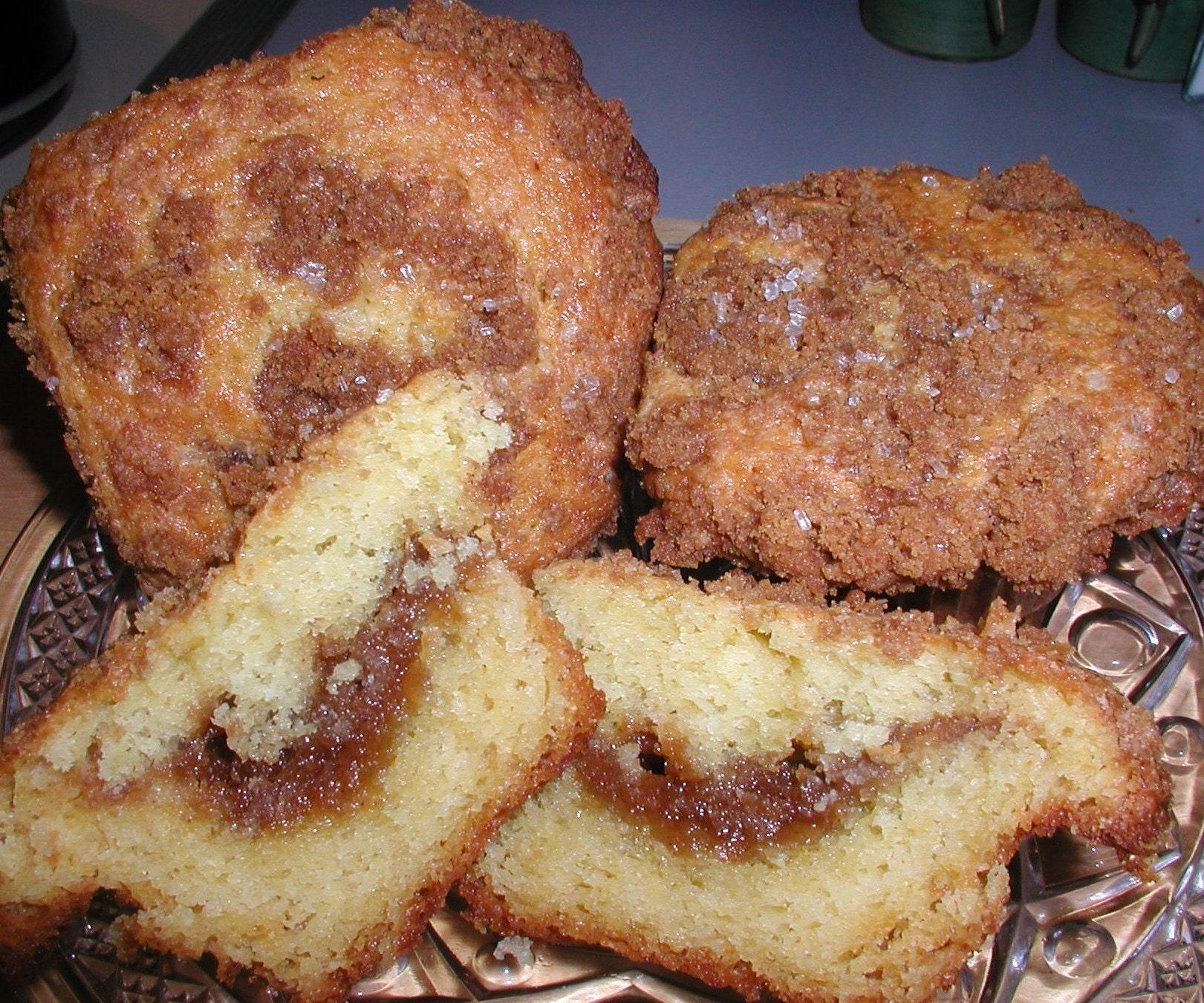 Super Streusel Top Coffee Cake Muffins - MUFFIN MADNESS SALE