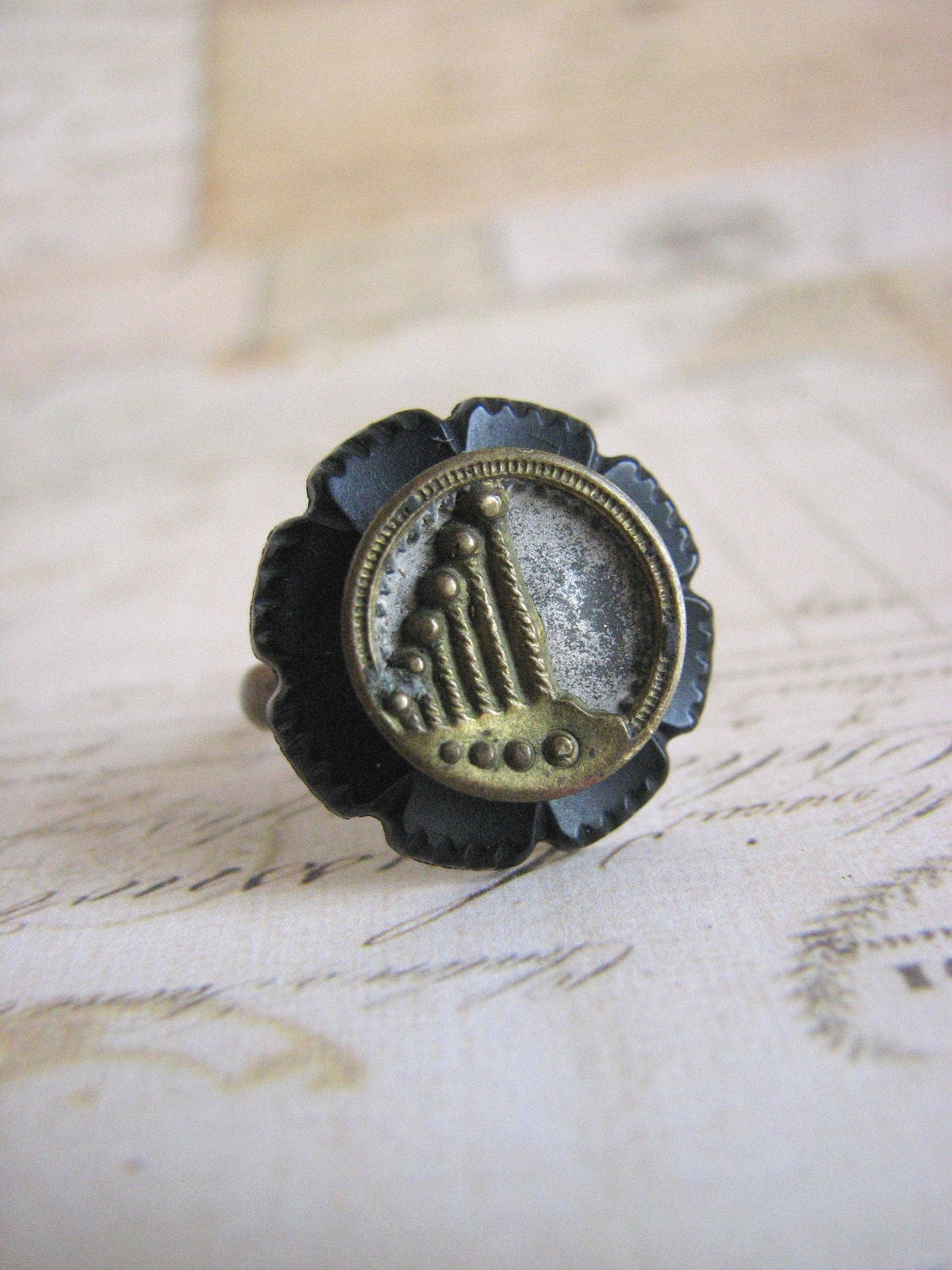 Antique Button Ring, black and gold Art Deco style