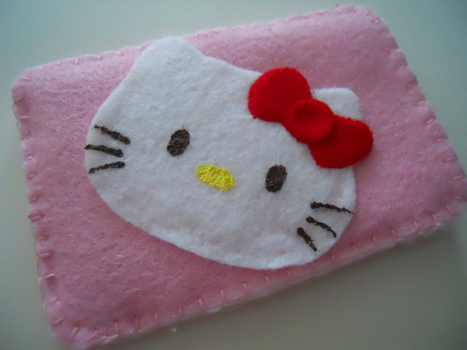 Hello Kitty iPhone/iTouch Cozy