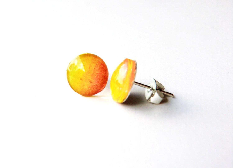 Ombre Orange Earrings, sunset gradient orange red summer resin post yellow - TravelMemories