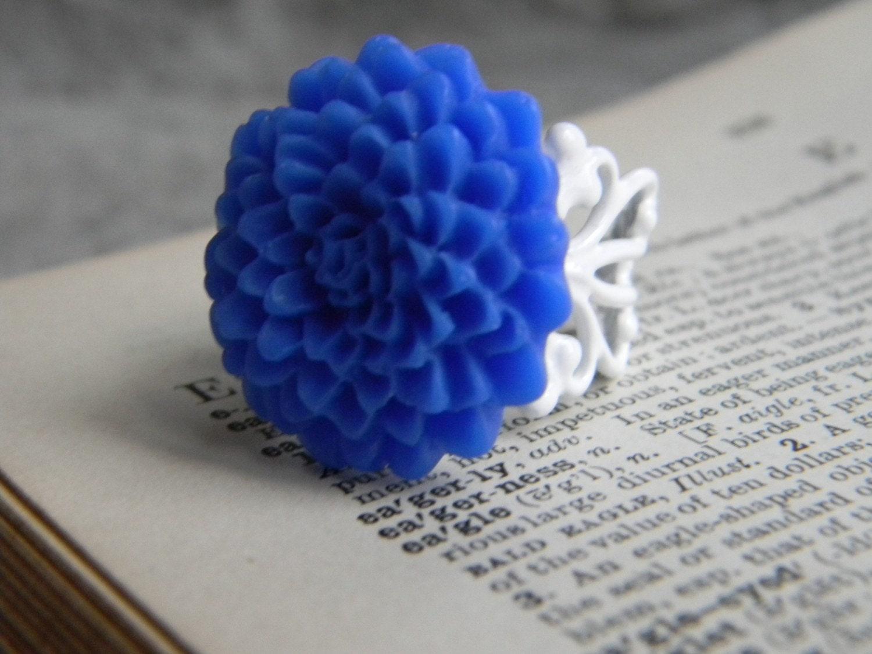 Cadet Blue Mum Ring