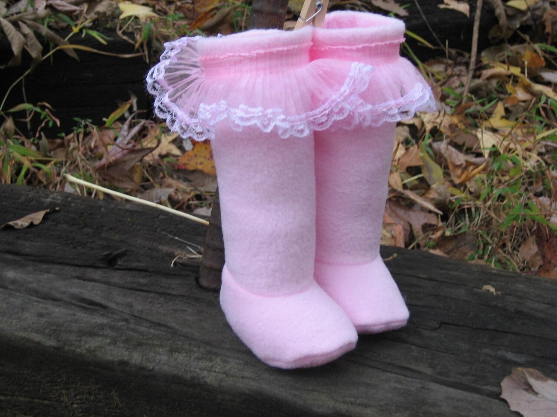 Pink Fleece Ruffle boots...Size newborn-5T