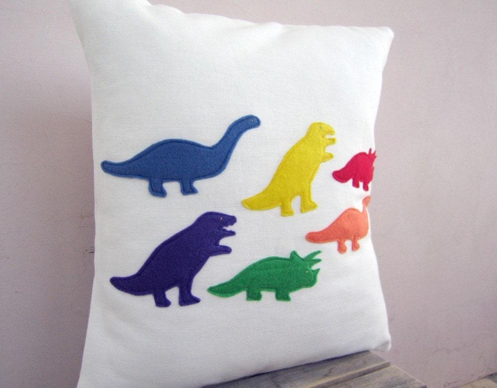 Подушка детская Обложка - марте Радуга Динозавры