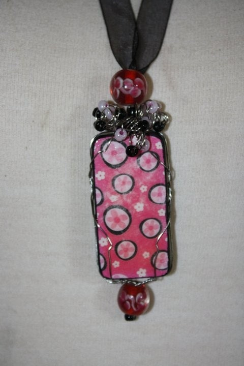 Domino  Necklace - Pink and Black Floral