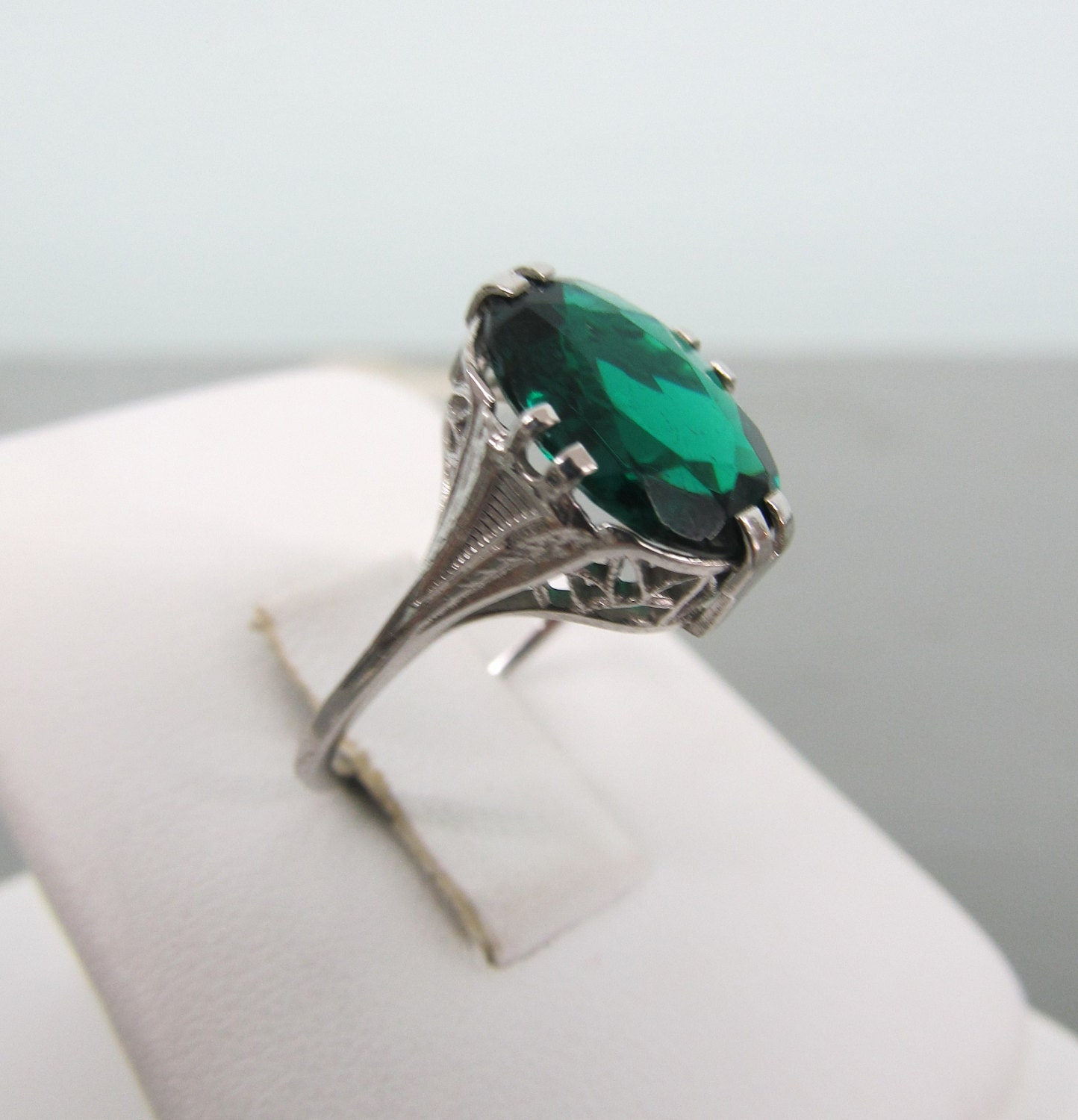 Vintage Engagement Rings At LowCost Prices All