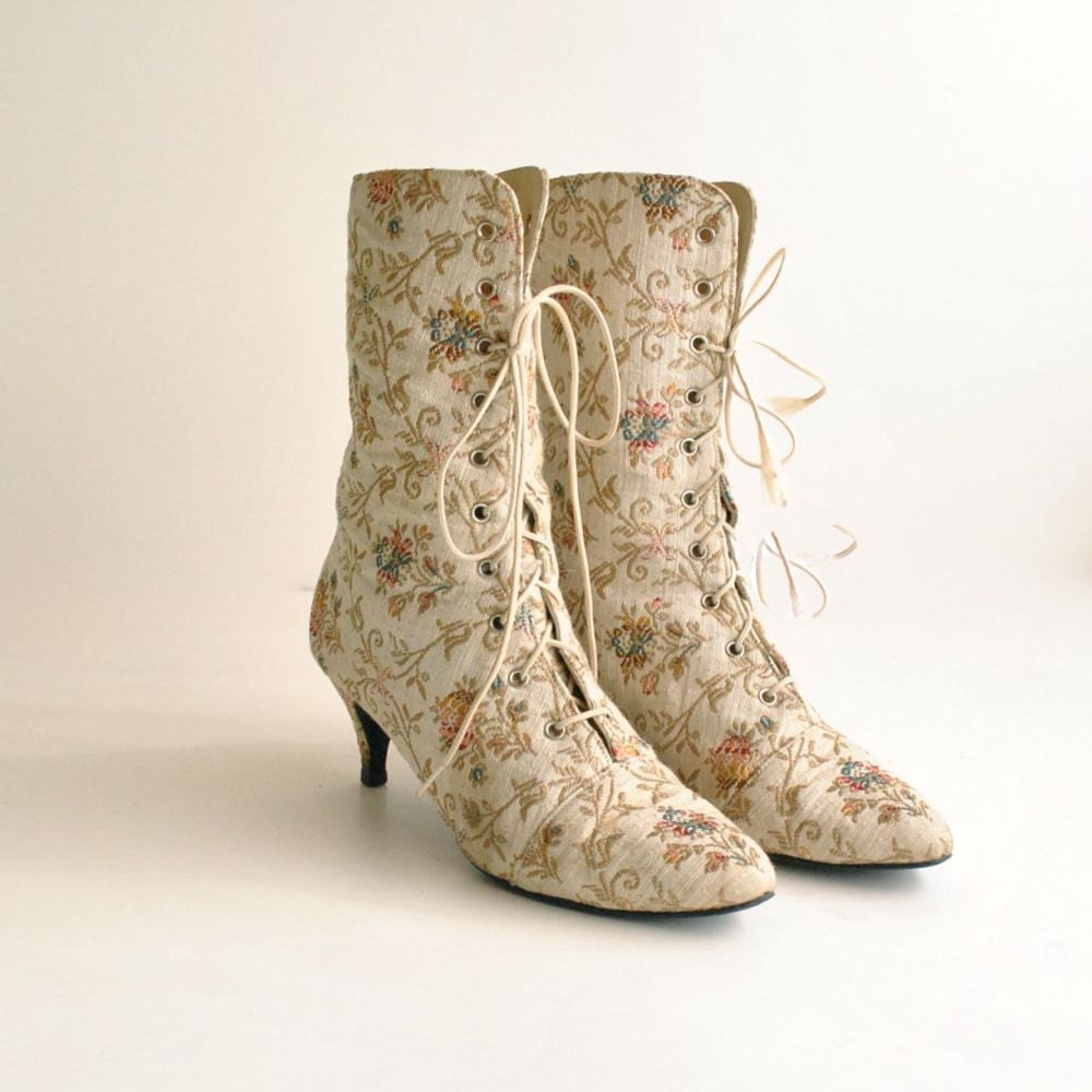 tapestry ankle boots sz 6 wedding by vintageurbanrenewal