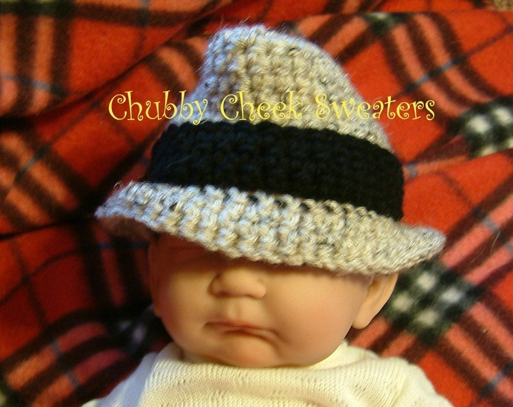 Pattern Instructions on How to Crochet a Baby Sweater | eHow.com