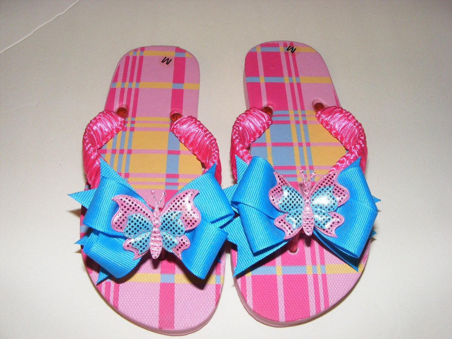 New Pink and Multicolor Plaids Flip Flops - Medium Girl Size 11/12