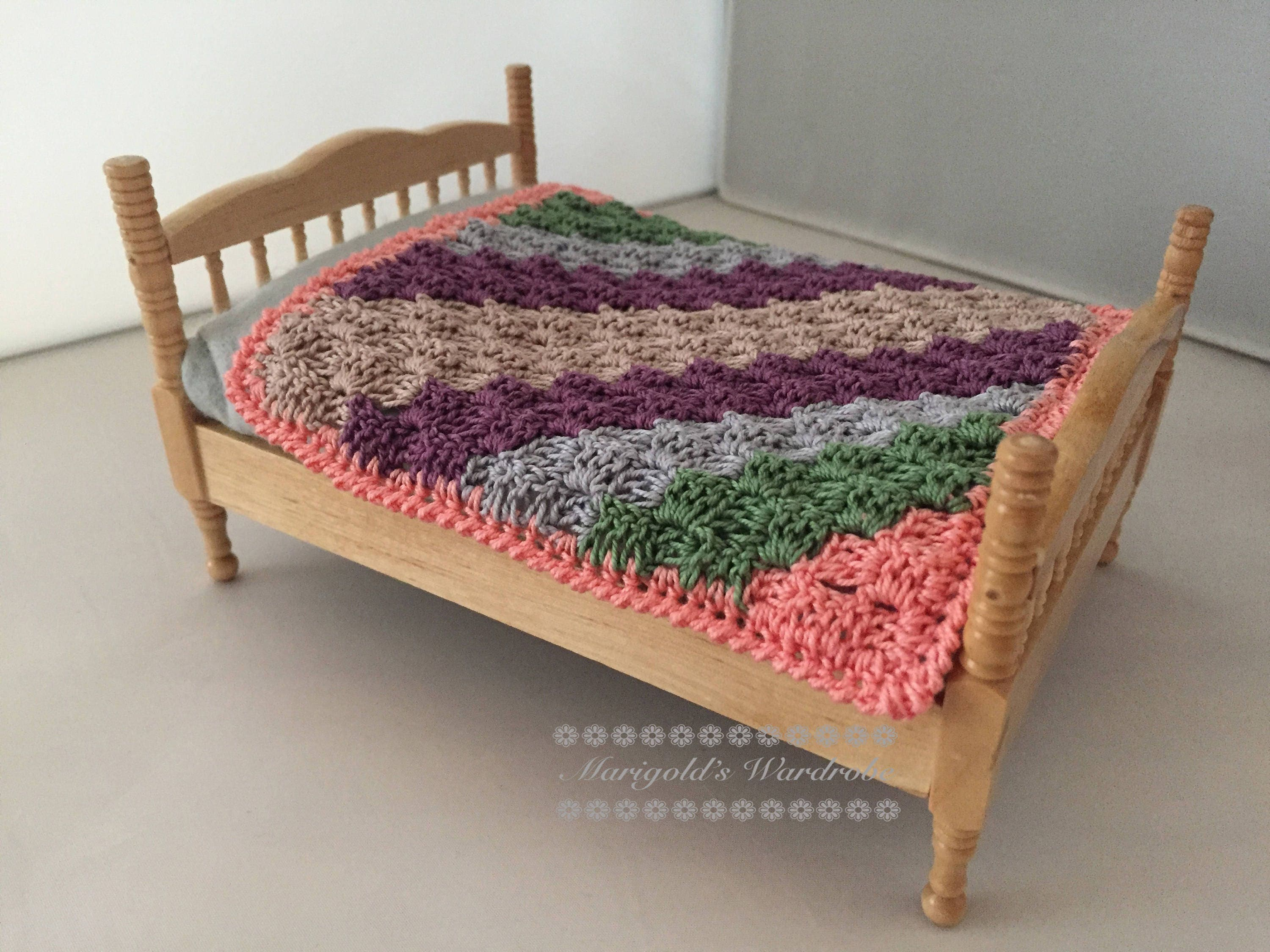 Marigolds Wardrobe  Pink and Peach 112th Scale Crochet c2c Blanket Dolls House Throw