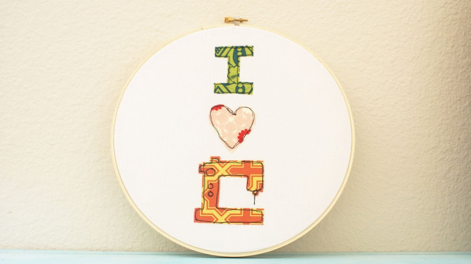 Hoop Art - I (heart) Sewing