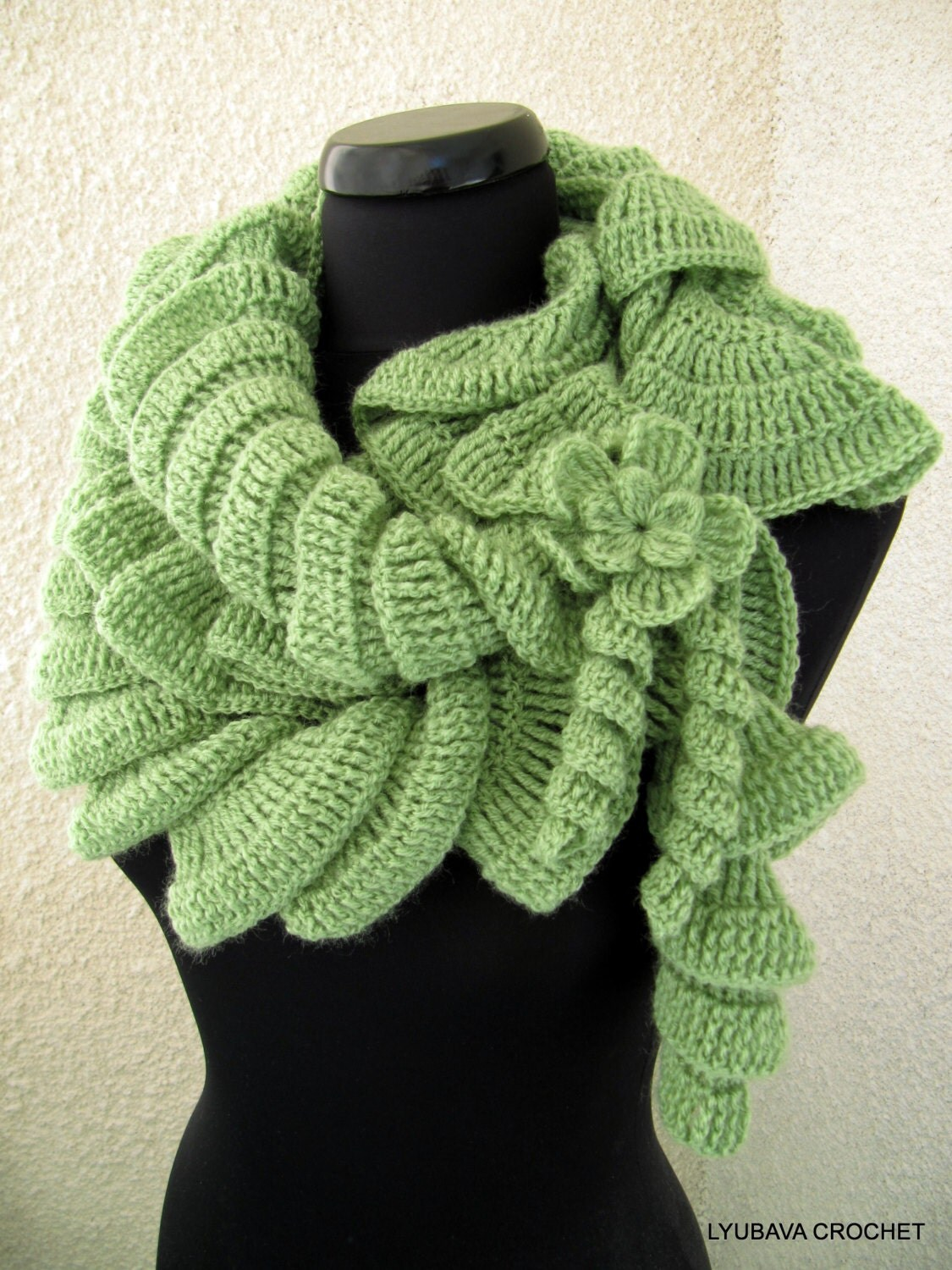 The Spiral Miracle Scarf Crochetribart