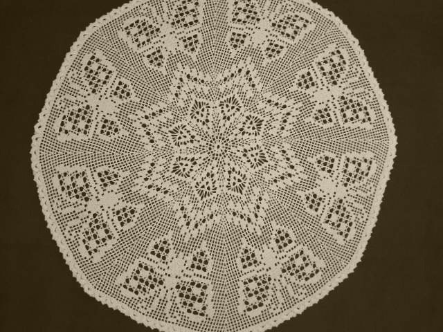 Free Crochet Patterns Round Table Toppers : Crochet table topper / Crochet doily / Large doily by ...