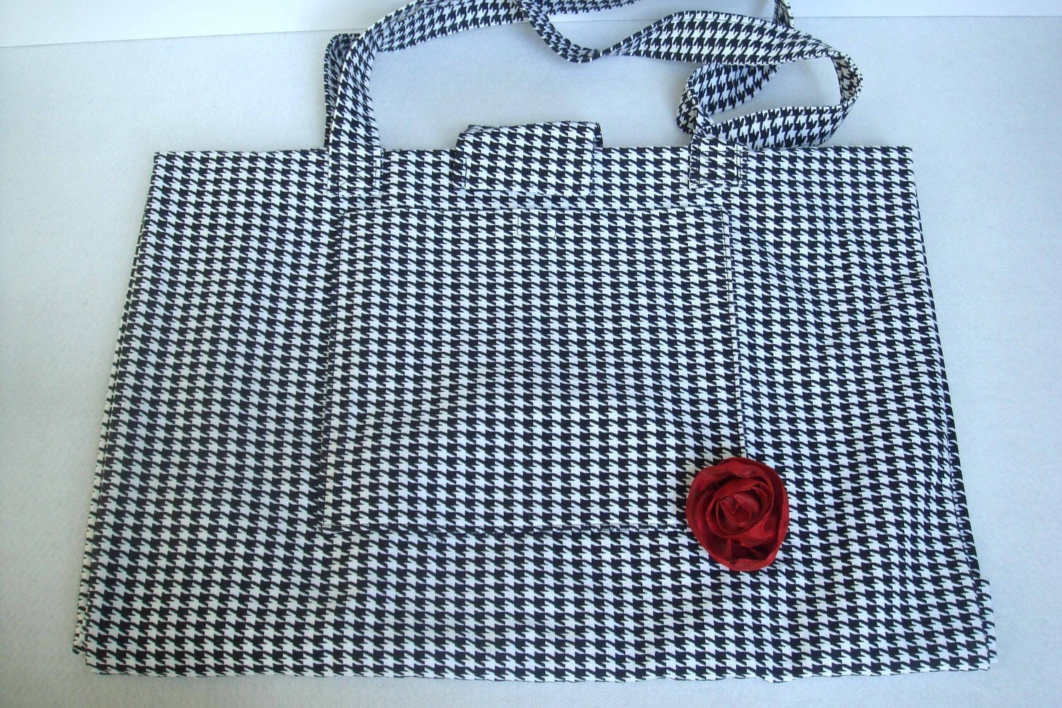 Expandable LDS Temple Tote with outside pocket (Black and White Houndstooth)