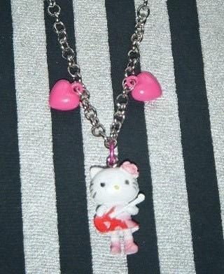 Hello Kitty Guitar. Hello Kitty guitar hero
