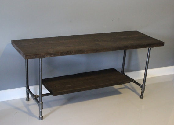 Galvanized pipes and wood media stand