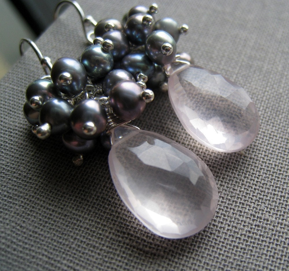 Rose quartz and gray pearl earrings