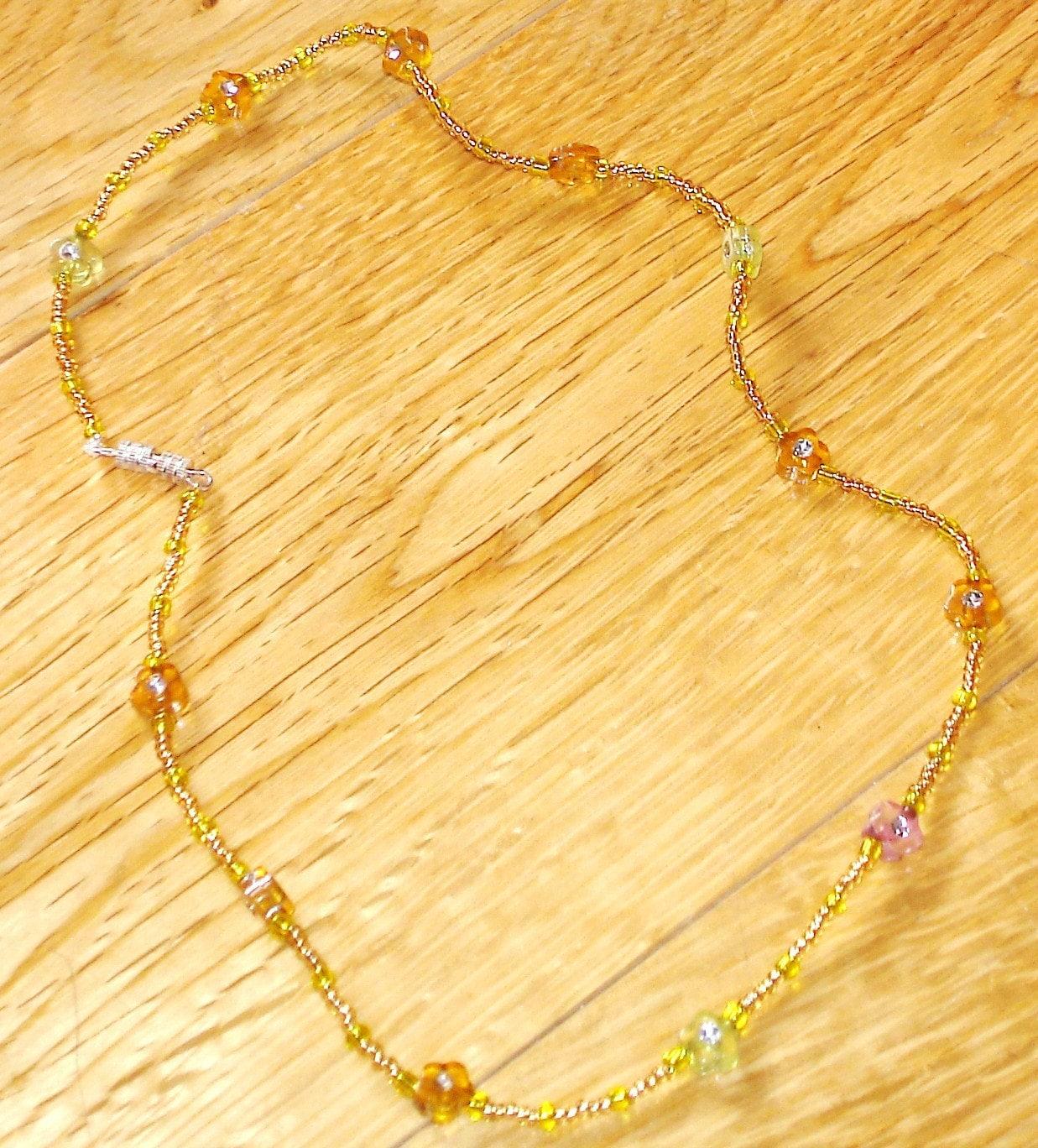 Grecian Sunshine yellow daisy beaded necklace