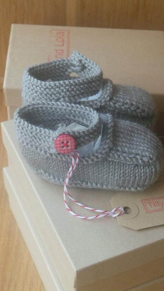 Hand knitted slate grey MaryJane baby shoes  03 36 and 69 months