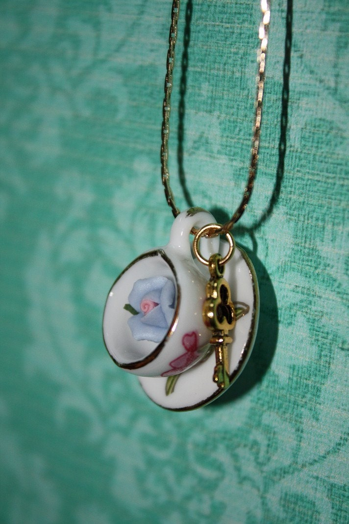 Secret Garden Teacup Necklace - Porcelain Rose