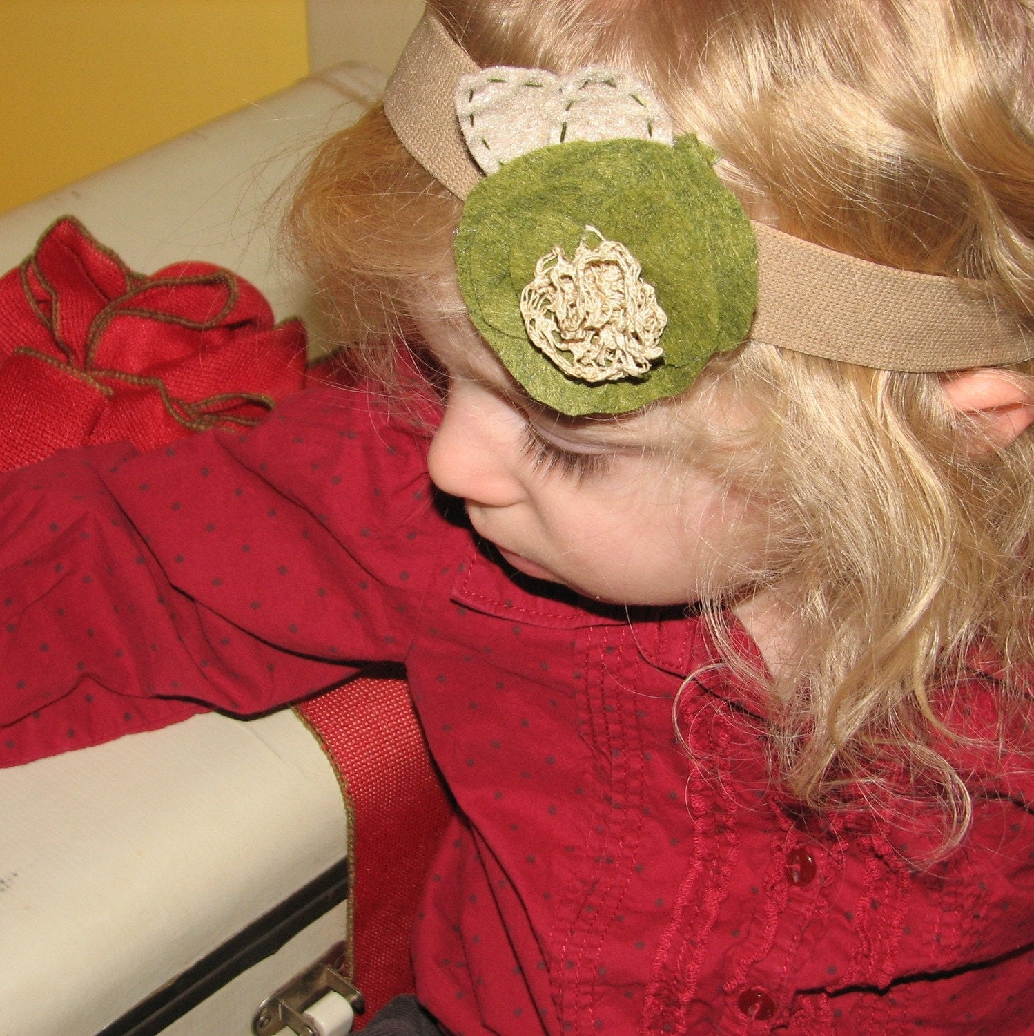 Green Vintage flower hair accessory