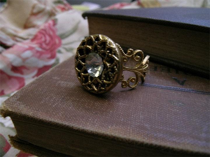 filigree and rhinestone... ring