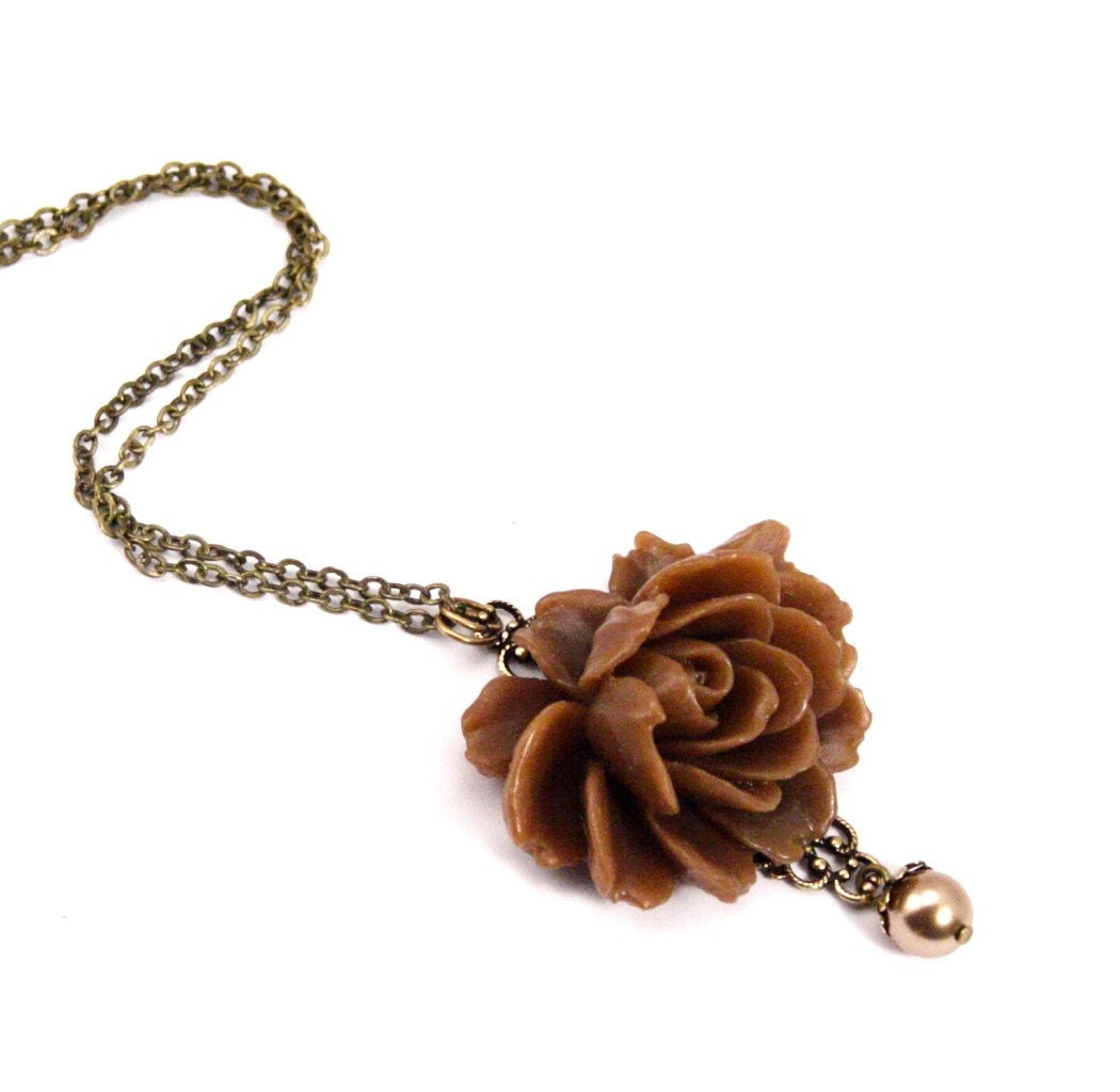 Collette Coffee Brown Rose Necklace