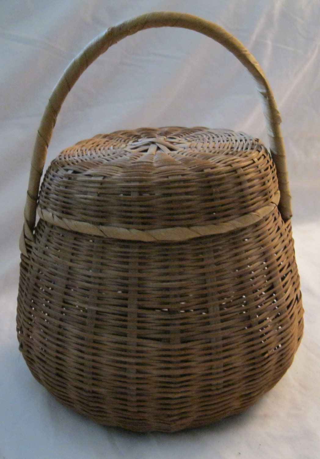 Wicker Baskets With Handles And Lid : Vintage round wicker basket with lid handle by