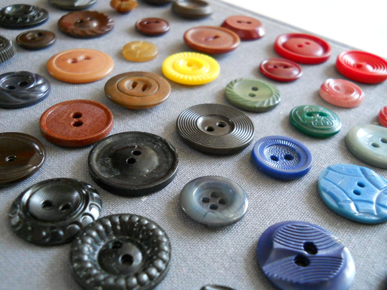 47pc. Vintage button lot