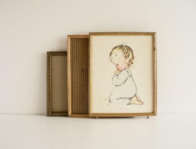 metal picture frames vintage gold frames size 8 x 10 by etsplace. Black Bedroom Furniture Sets. Home Design Ideas