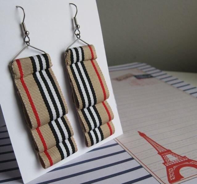 Love Burberry Ruff earrings