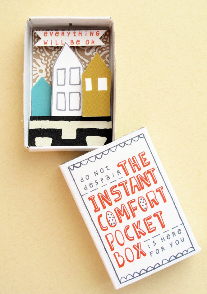 The Instant Comfort Pocket Box - Three houses