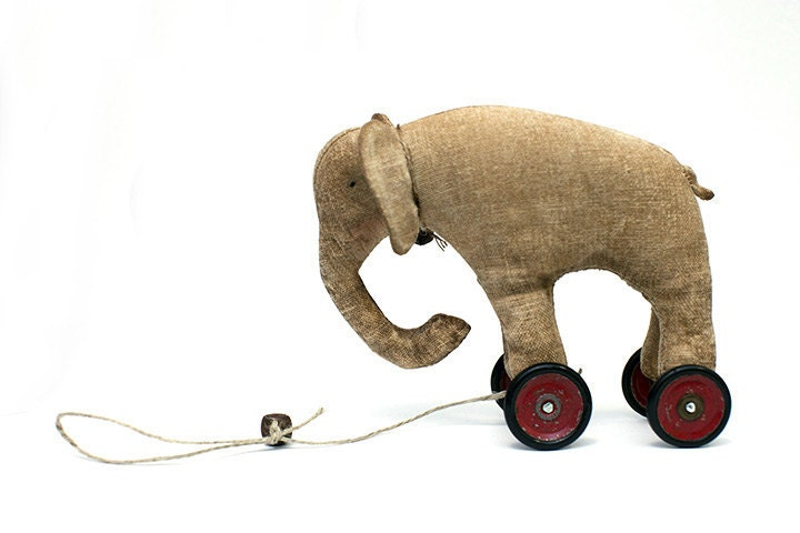 elephant on vintage Meccano wheels - northfieldprimitives