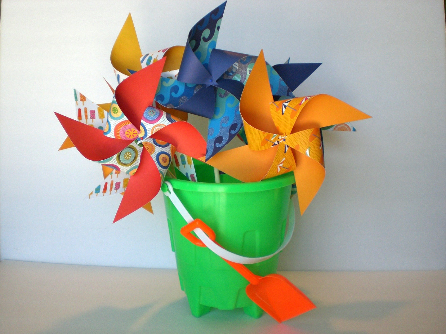 "8 ""Beach Party"" Pinwheels Medium Pinwheels"