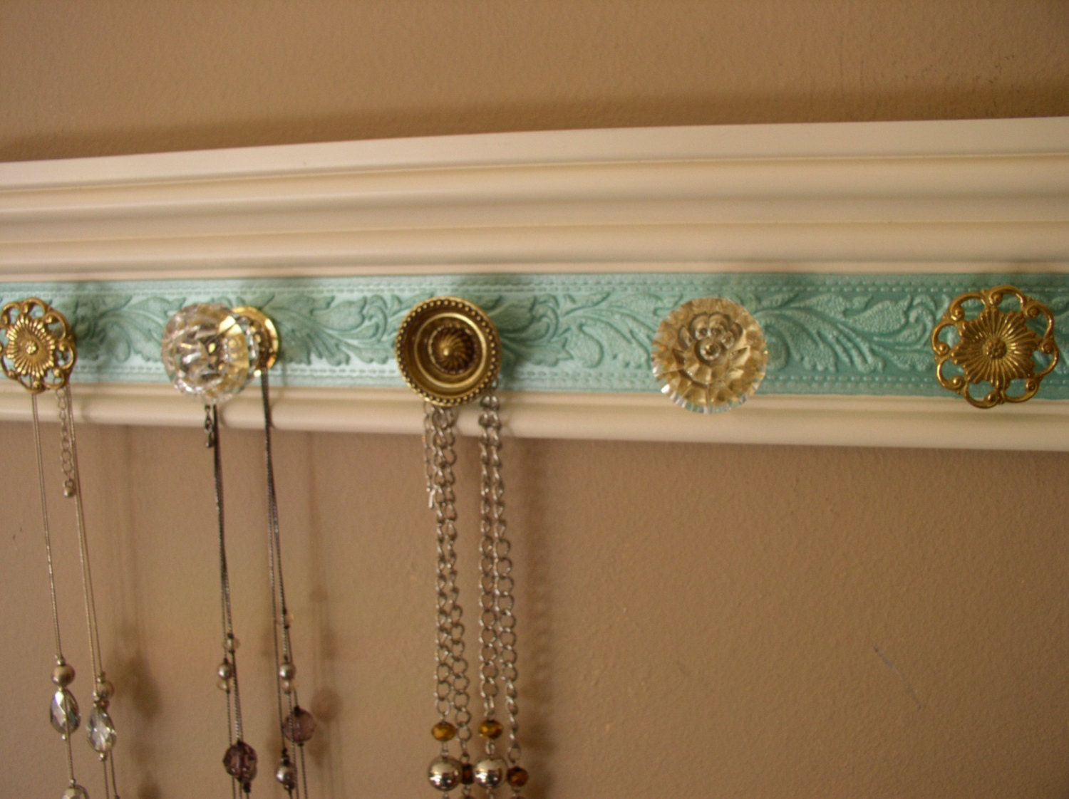 jewelry organizer this wall necklace hanger has 5 by