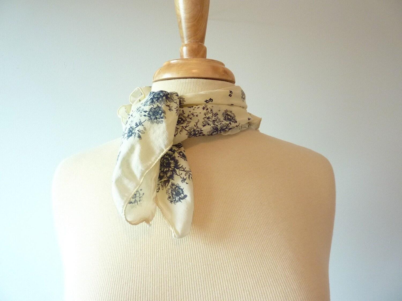 vintage NAUTICAL cream and navy floral necktie