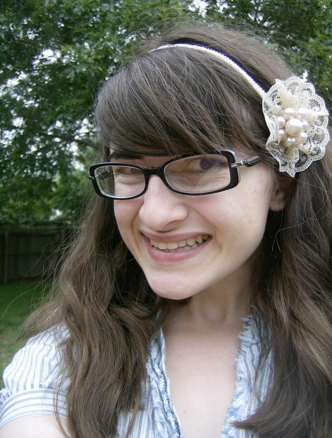 Lily's Lace Headband