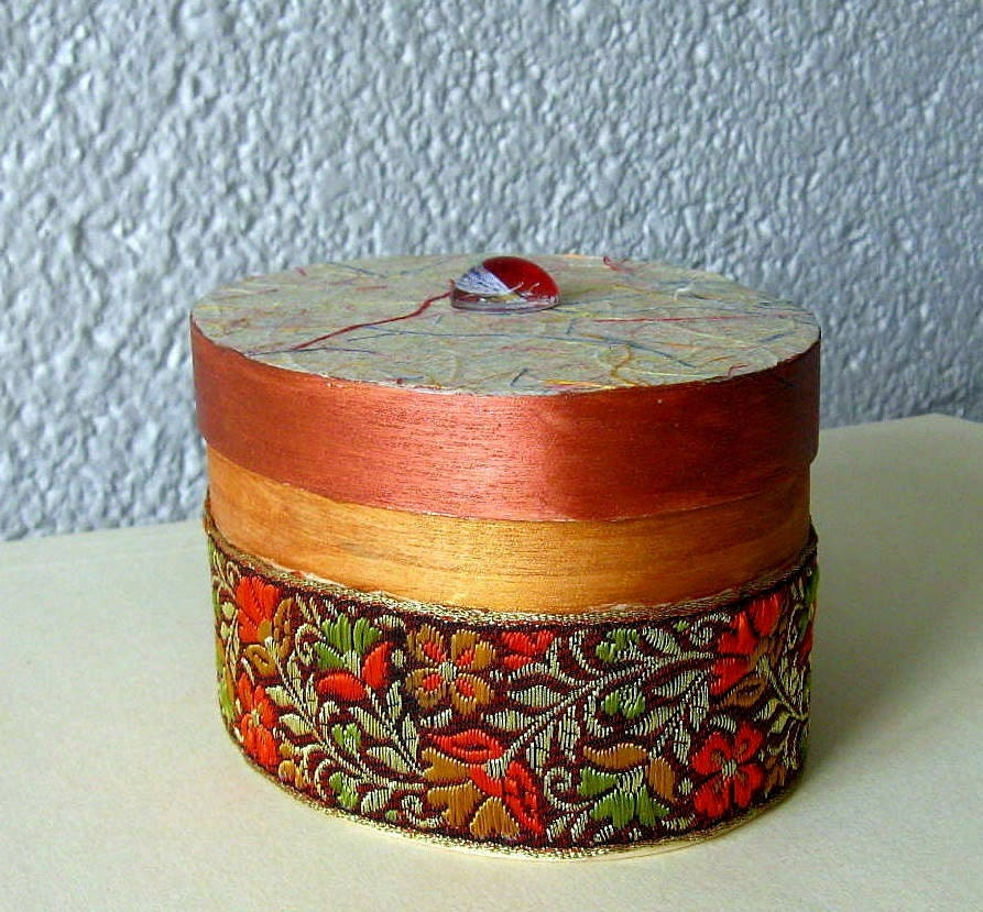 Painted and Decorative Box in Wood Red Poppy