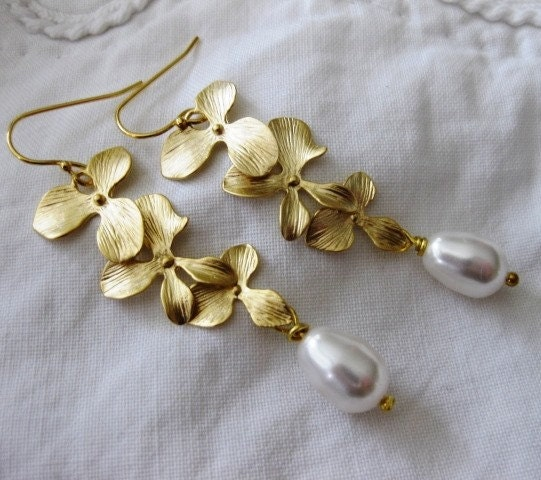Callie - Falling Gold Orchids and White Pearls Earrings