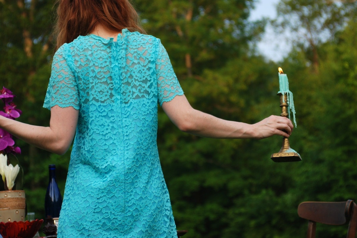 vintage 1970s turquoise blue lace dress