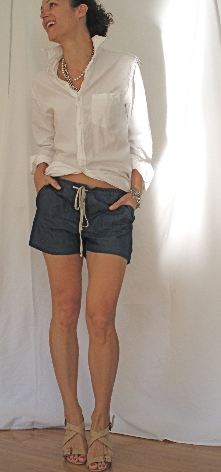 Toni Short- lightweight denim